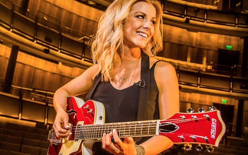 Getting Lost in Guitar World with Lindsay Ell