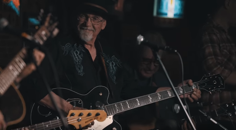 Watch Duane Eddy Perform Live with Dan Auerbach